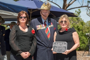 Sandra Blekkenhorst accepting plaque as the niece of Private George T. Durrant. Photo: D. Nicolson.
