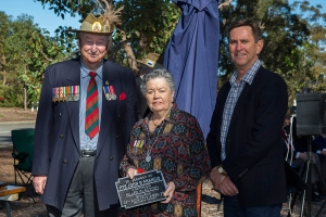 Audrey Drakeford accepting the plaque as the Grand Daughter of Private John R. Francis.. Photo: D. Nicolson.
