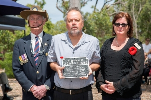 Richard Johnston accepting the plaque as nephew of Lieutenant David B. Stirling. Photo: D. Nicolson.