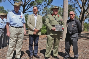 Graham Tuckett accepting the plaque as the great grandson of Lieutenant Francis Tuckett. Photo: M. Orlicki.